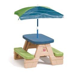 Игривой столик с зонтом Step2